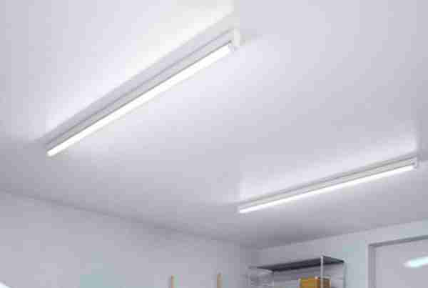 Best  Fluorescent Lights For Garages Buying Guide