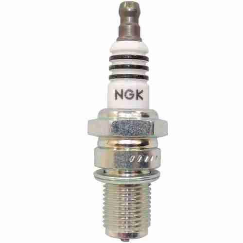 Best Spark Plugs For Cars Buyer's Guide